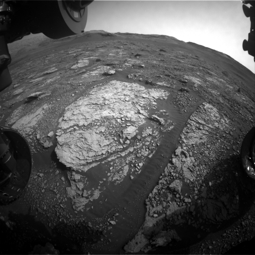 Nasa's Mars rover Curiosity acquired this image using its Front Hazard Avoidance Camera (Front Hazcam) on Sol 2853, at drive 2176, site number 82