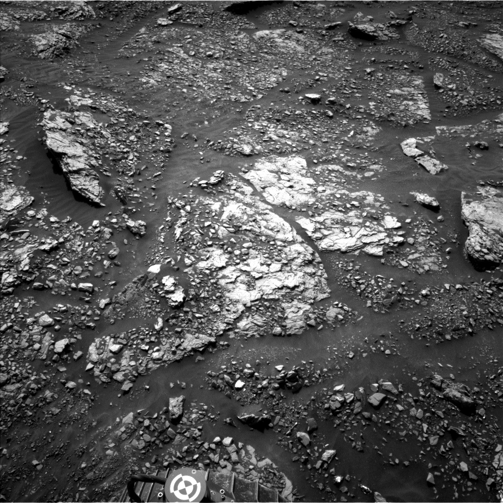 Nasa's Mars rover Curiosity acquired this image using its Left Navigation Camera on Sol 2882, at drive 2176, site number 82