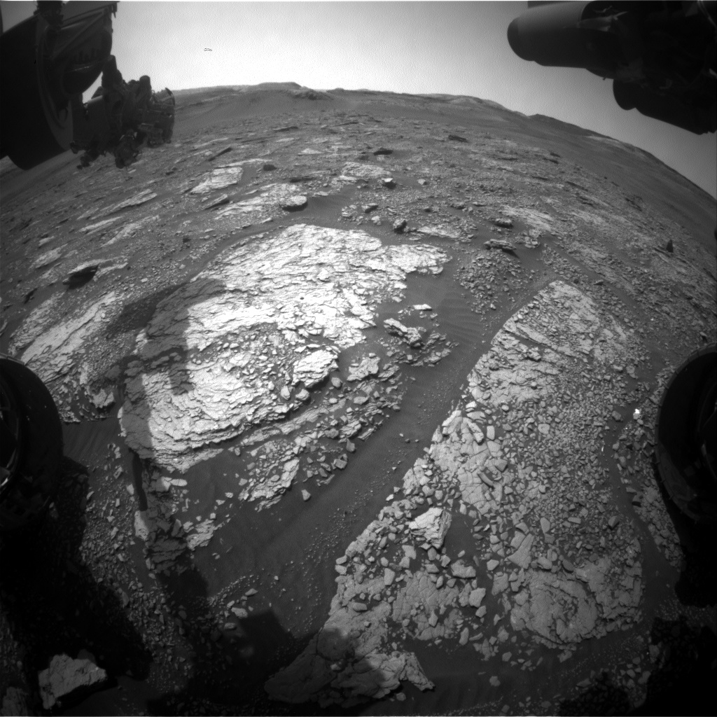 Nasa's Mars rover Curiosity acquired this image using its Front Hazard Avoidance Camera (Front Hazcam) on Sol 2900, at drive 2176, site number 82