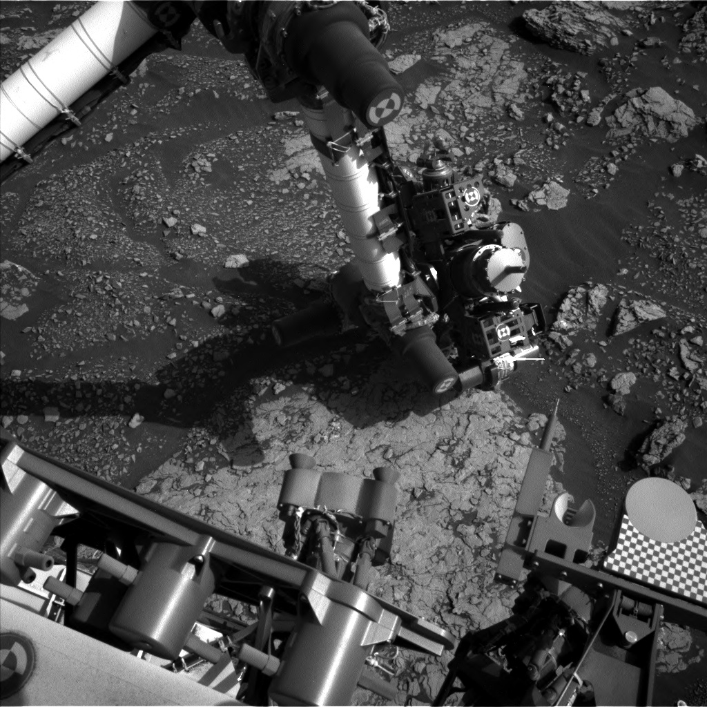 Nasa's Mars rover Curiosity acquired this image using its Left Navigation Camera on Sol 2906, at drive 2188, site number 82