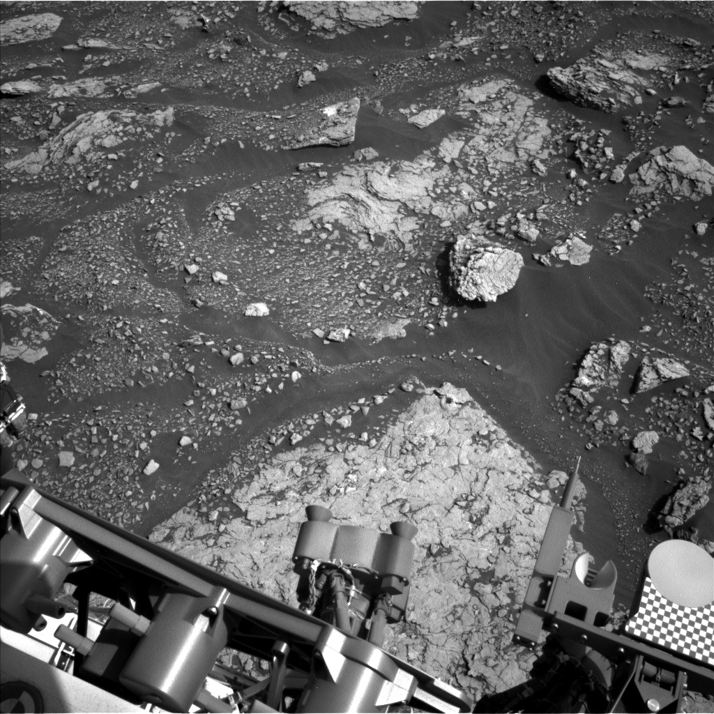 Nasa's Mars rover Curiosity acquired this image using its Left Navigation Camera on Sol 2910, at drive 2188, site number 82