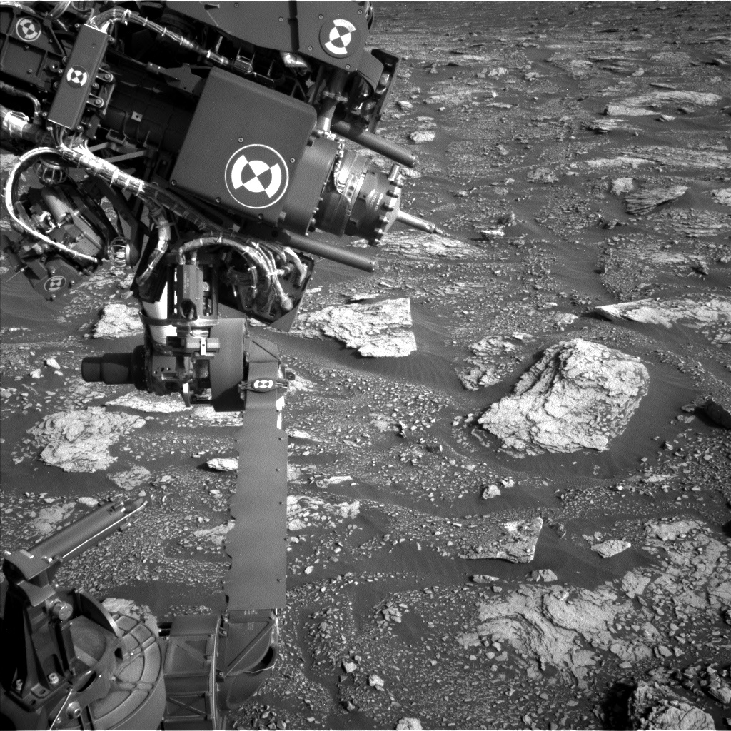 MARS: CURIOSITY u krateru  GALE Vol II. - Page 29 NLB_656816017EDR_F0822188NCAM15000M_