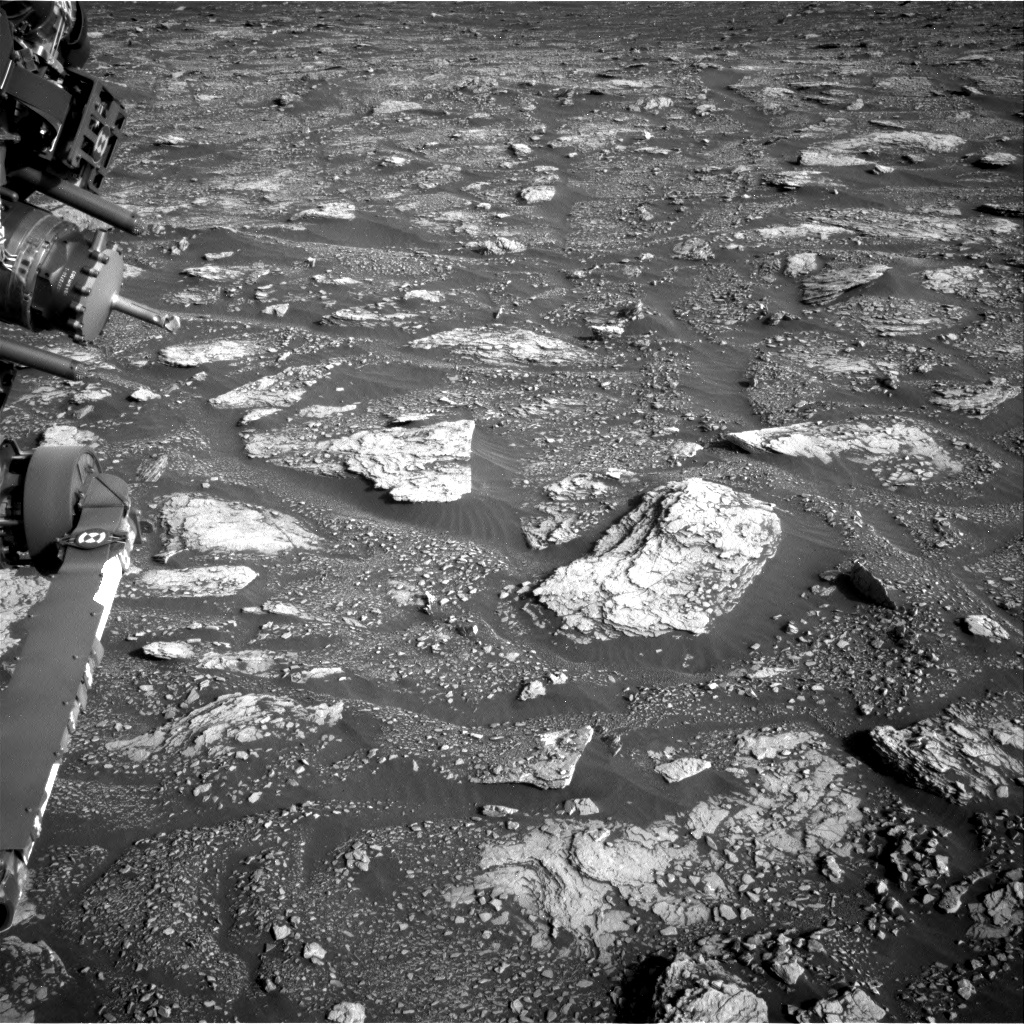 Nasa's Mars rover Curiosity acquired this image using its Right Navigation Camera on Sol 2921, at drive 2188, site number 82