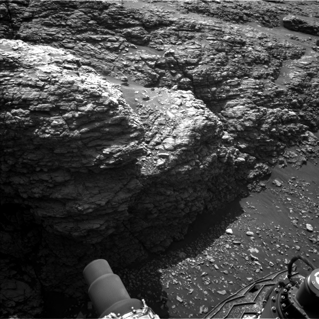 Nasa's Mars rover Curiosity acquired this image using its Left Navigation Camera on Sol 2924, at drive 0, site number 83