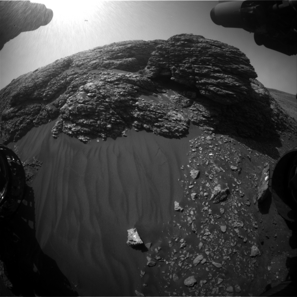 Nasa's Mars rover Curiosity acquired this image using its Front Hazard Avoidance Camera (Front Hazcam) on Sol 2925, at drive 0, site number 83