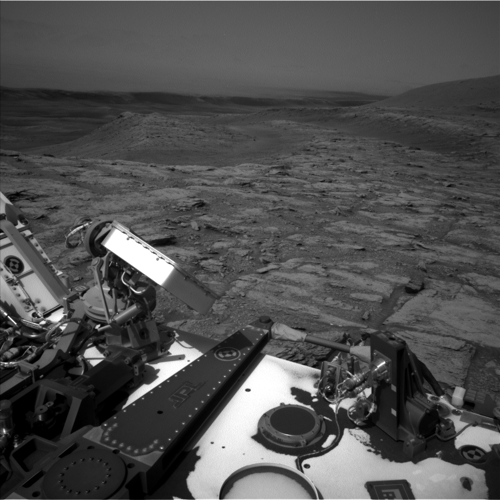 Nasa's Mars rover Curiosity acquired this image using its Left Navigation Camera on Sol 2933, at drive 932, site number 83