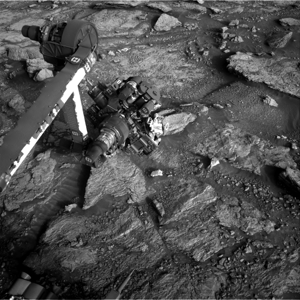 Nasa's Mars rover Curiosity acquired this image using its Right Navigation Camera on Sol 2935, at drive 932, site number 83
