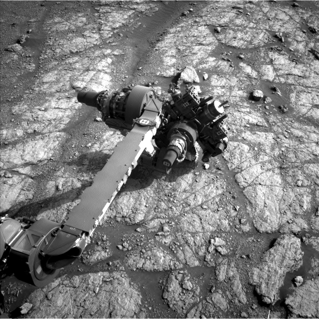 Nasa's Mars rover Curiosity acquired this image using its Left Navigation Camera on Sol 2949, at drive 2382, site number 83