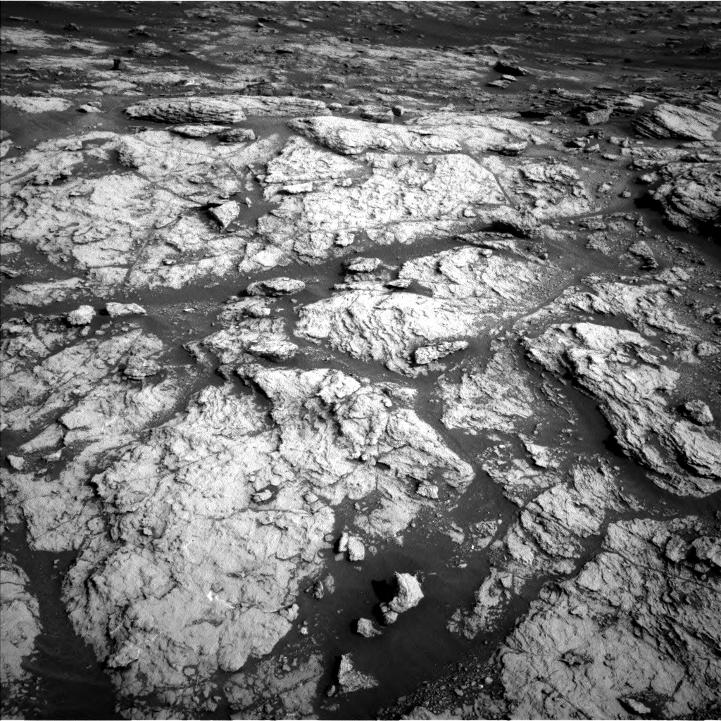 Nasa's Mars rover Curiosity acquired this image using its Left Navigation Camera on Sol 2951, at drive 2760, site number 83
