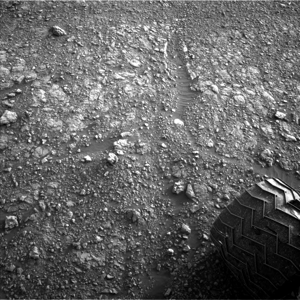 Nasa's Mars rover Curiosity acquired this image using its Left Navigation Camera on Sol 2965, at drive 1030, site number 84