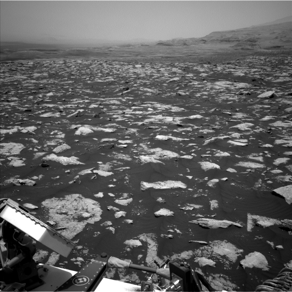 Nasa's Mars rover Curiosity acquired this image using its Left Navigation Camera on Sol 2977, at drive 1804, site number 84