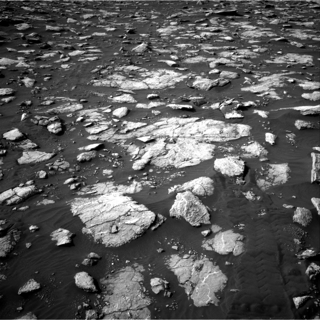 Nasa's Mars rover Curiosity acquired this image using its Right Navigation Camera on Sol 2995, at drive 2322, site number 84