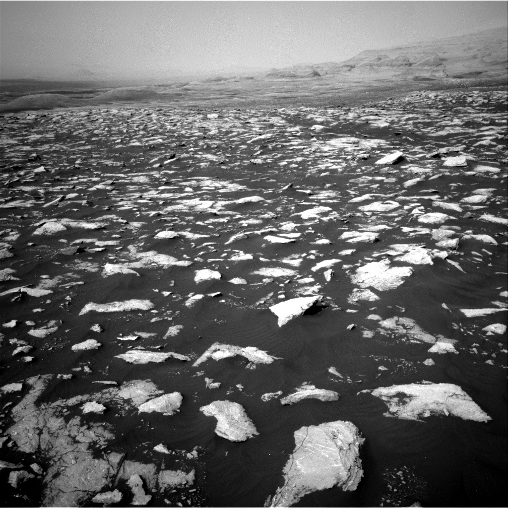Nasa's Mars rover Curiosity acquired this image using its Right Navigation Camera on Sol 2995, at drive 2352, site number 84