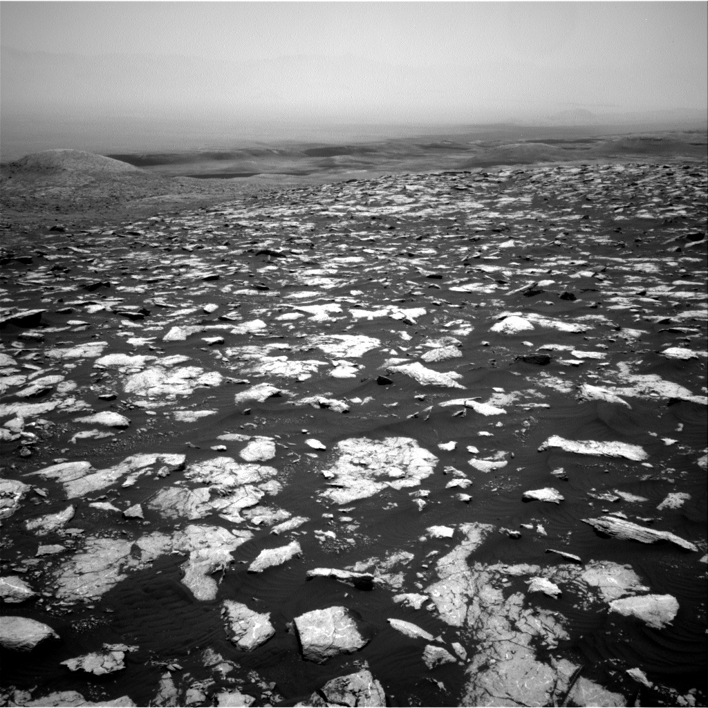 Nasa's Mars rover Curiosity acquired this image using its Right Navigation Camera on Sol 2998, at drive 2352, site number 84