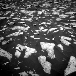 Nasa's Mars rover Curiosity acquired this image using its Left Navigation Camera on Sol 3000, at drive 2460, site number 84
