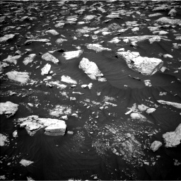 Nasa's Mars rover Curiosity acquired this image using its Left Navigation Camera on Sol 3000, at drive 2484, site number 84