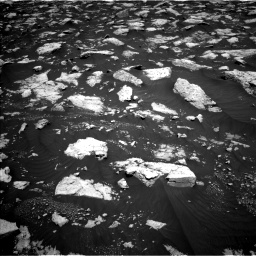Nasa's Mars rover Curiosity acquired this image using its Left Navigation Camera on Sol 3000, at drive 2490, site number 84