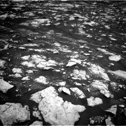 Nasa's Mars rover Curiosity acquired this image using its Left Navigation Camera on Sol 3000, at drive 2526, site number 84