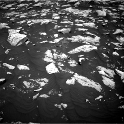 Nasa's Mars rover Curiosity acquired this image using its Right Navigation Camera on Sol 3000, at drive 2472, site number 84