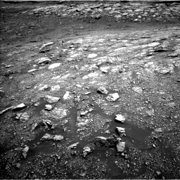 Nasa's Mars rover Curiosity acquired this image using its Left Navigation Camera on Sol 3005, at drive 180, site number 85