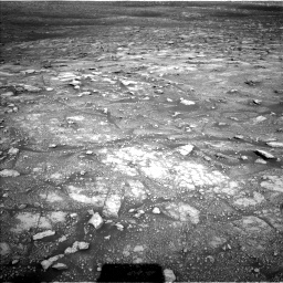 Nasa's Mars rover Curiosity acquired this image using its Left Navigation Camera on Sol 3005, at drive 504, site number 85