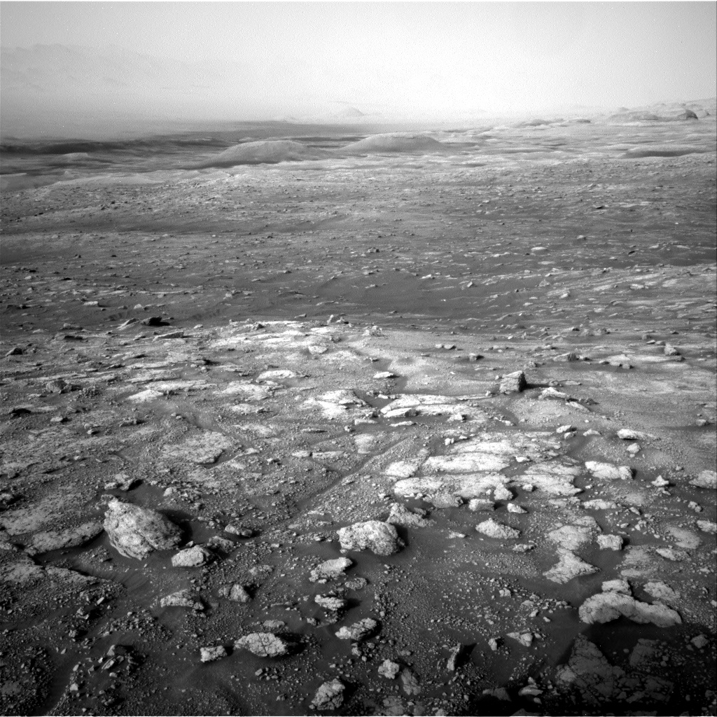 Nasa's Mars rover Curiosity acquired this image using its Right Navigation Camera on Sol 3005, at drive 538, site number 85