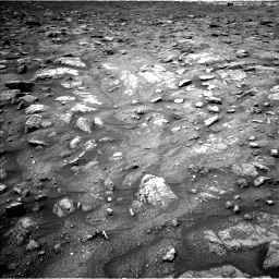 Nasa's Mars rover Curiosity acquired this image using its Left Navigation Camera on Sol 3008, at drive 634, site number 85