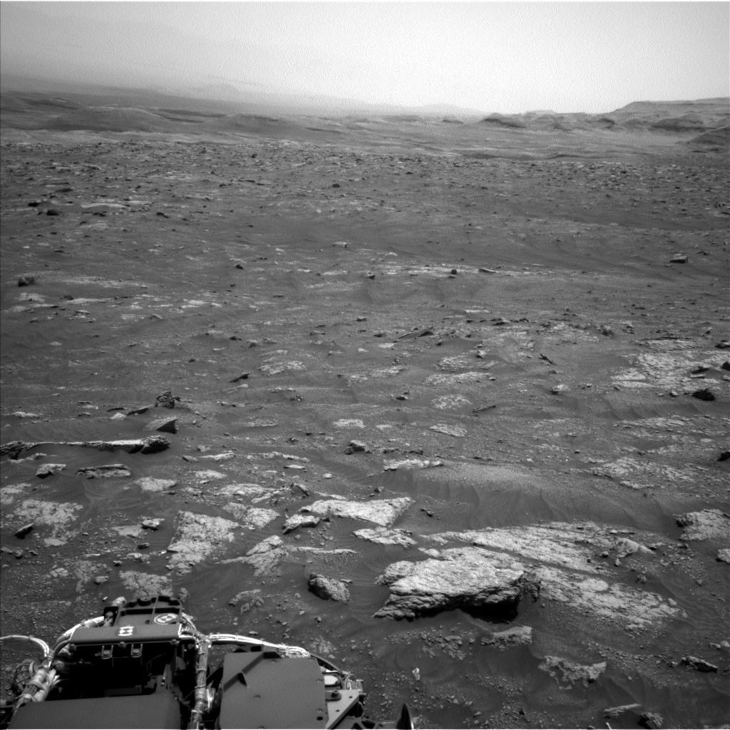 Nasa's Mars rover Curiosity acquired this image using its Left Navigation Camera on Sol 3008, at drive 742, site number 85