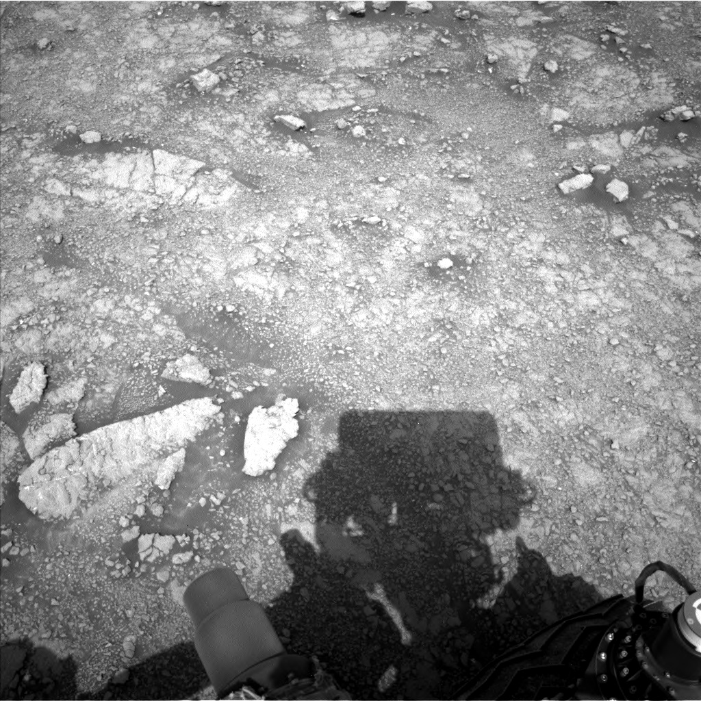Nasa's Mars rover Curiosity acquired this image using its Left Navigation Camera on Sol 3015, at drive 2168, site number 85