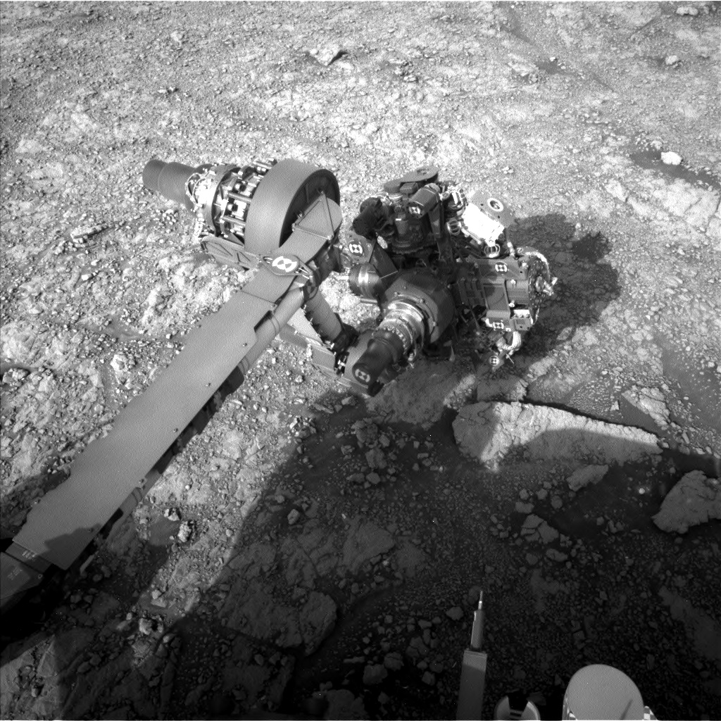 Nasa's Mars rover Curiosity acquired this image using its Left Navigation Camera on Sol 3017, at drive 2168, site number 85