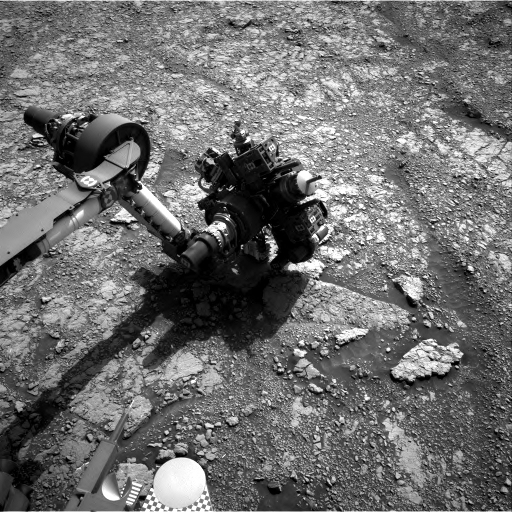 Nasa's Mars rover Curiosity acquired this image using its Right Navigation Camera on Sol 3018, at drive 2168, site number 85