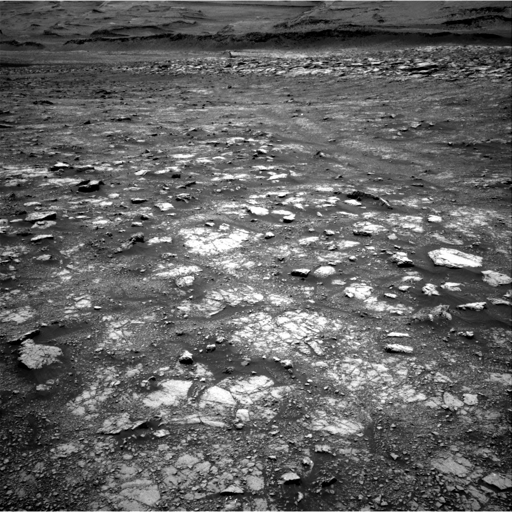 Nasa's Mars rover Curiosity acquired this image using its Right Navigation Camera on Sol 3018, at drive 2348, site number 85