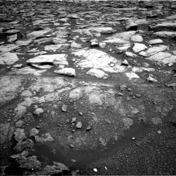 Nasa's Mars rover Curiosity acquired this image using its Left Navigation Camera on Sol 3020, at drive 2720, site number 85
