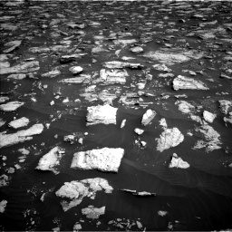 Nasa's Mars rover Curiosity acquired this image using its Left Navigation Camera on Sol 3025, at drive 330, site number 86