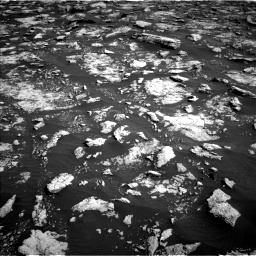 Nasa's Mars rover Curiosity acquired this image using its Left Navigation Camera on Sol 3025, at drive 384, site number 86