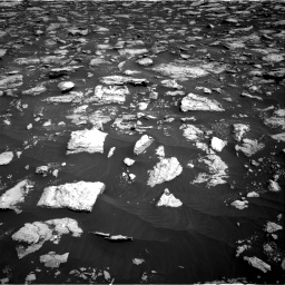 Nasa's Mars rover Curiosity acquired this image using its Right Navigation Camera on Sol 3025, at drive 330, site number 86