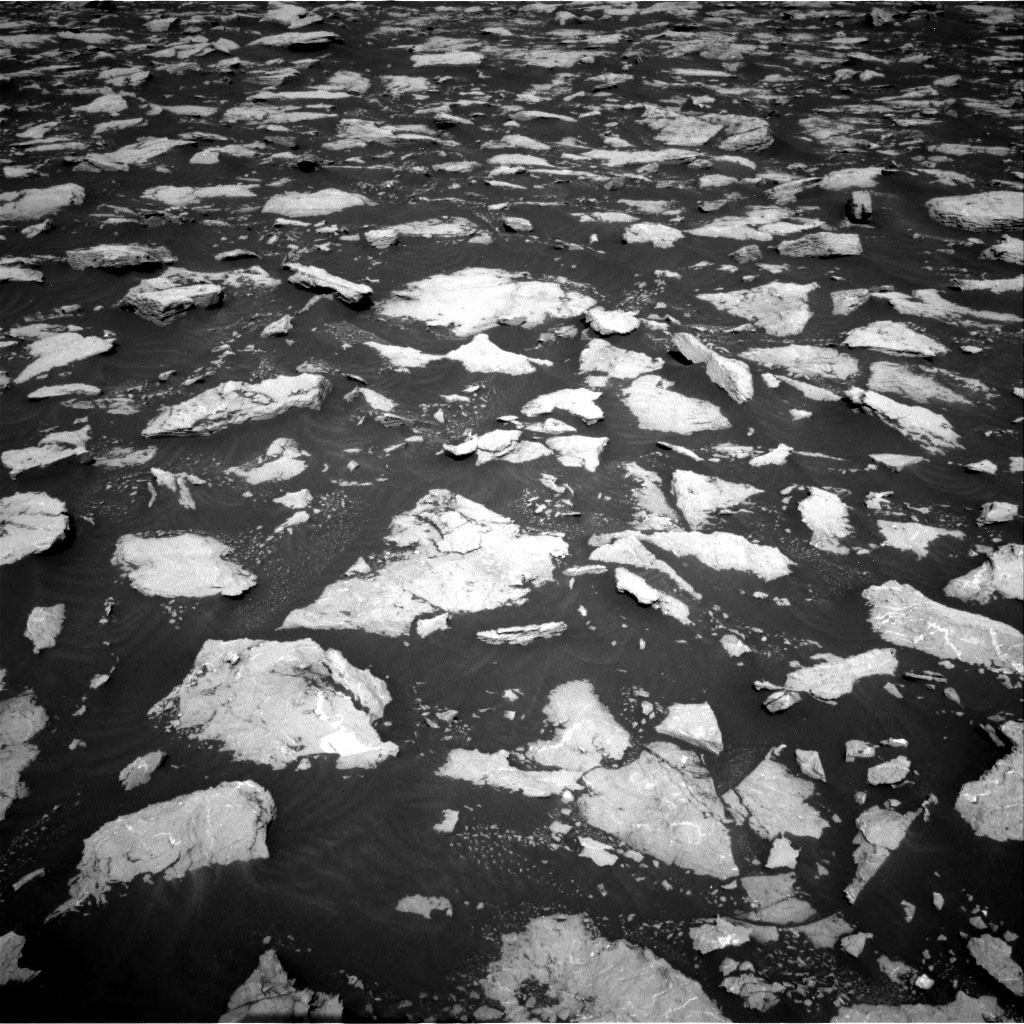 Nasa's Mars rover Curiosity acquired this image using its Right Navigation Camera on Sol 3025, at drive 444, site number 86