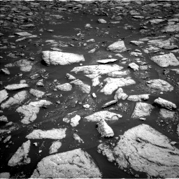 Nasa's Mars rover Curiosity acquired this image using its Left Navigation Camera on Sol 3027, at drive 912, site number 86