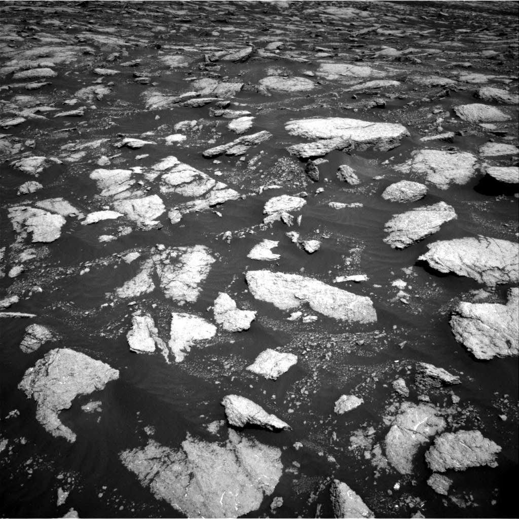 Nasa's Mars rover Curiosity acquired this image using its Right Navigation Camera on Sol 3027, at drive 942, site number 86