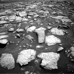 Nasa's Mars rover Curiosity acquired this image using its Right Navigation Camera on Sol 3027, at drive 960, site number 86