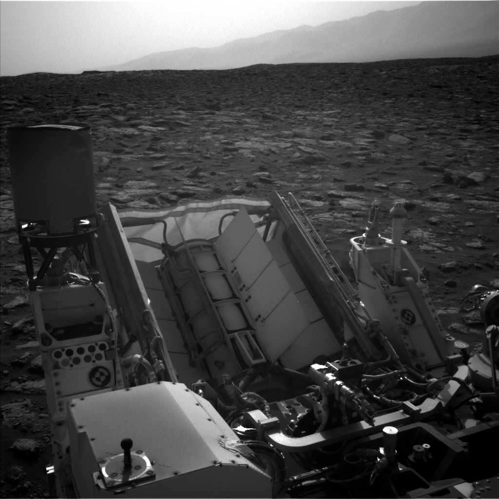 Nasa's Mars rover Curiosity acquired this image using its Left Navigation Camera on Sol 3028, at drive 1218, site number 86