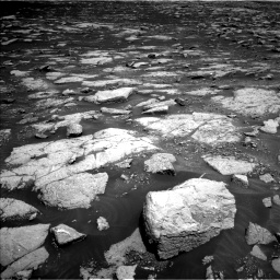 Nasa's Mars rover Curiosity acquired this image using its Left Navigation Camera on Sol 3032, at drive 1272, site number 86
