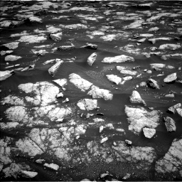 Nasa's Mars rover Curiosity acquired this image using its Left Navigation Camera on Sol 3032, at drive 1338, site number 86