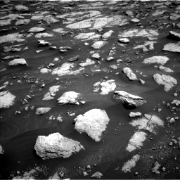 Nasa's Mars rover Curiosity acquired this image using its Left Navigation Camera on Sol 3032, at drive 1362, site number 86