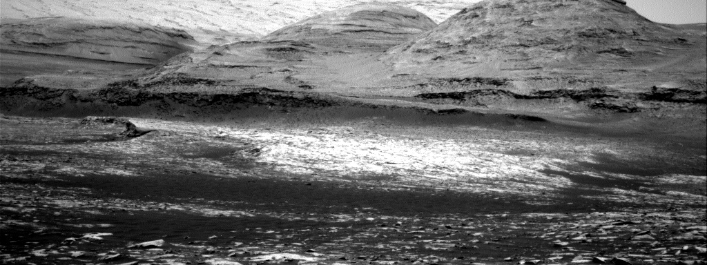 Nasa's Mars rover Curiosity acquired this image using its Right Navigation Camera on Sol 3032, at drive 1218, site number 86