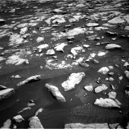 Nasa's Mars rover Curiosity acquired this image using its Right Navigation Camera on Sol 3032, at drive 1386, site number 86