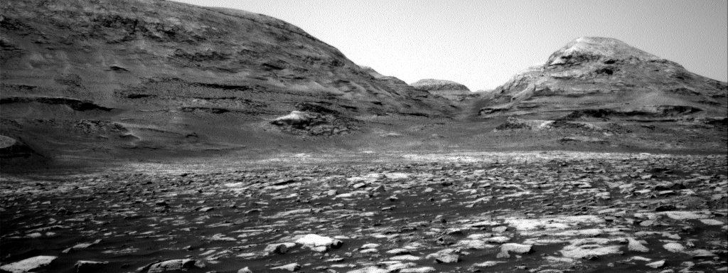 Nasa's Mars rover Curiosity acquired this image using its Right Navigation Camera on Sol 3034, at drive 1456, site number 86