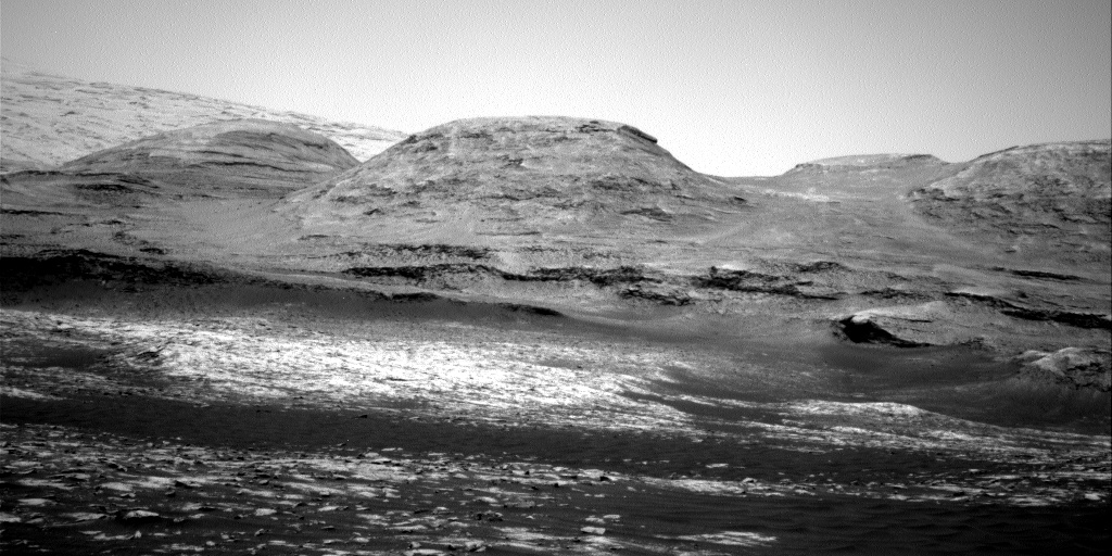 Nasa's Mars rover Curiosity acquired this image using its Right Navigation Camera on Sol 3035, at drive 1456, site number 86