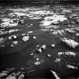 Nasa's Mars rover Curiosity acquired this image using its Left Navigation Camera on Sol 3036, at drive 1756, site number 86