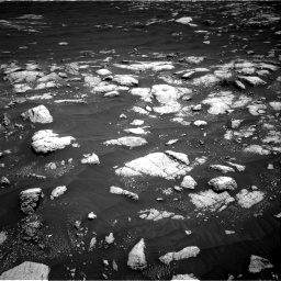 Nasa's Mars rover Curiosity acquired this image using its Right Navigation Camera on Sol 3036, at drive 1498, site number 86